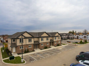 New Condo Townhouses for Sale in Niagara falls at Reduced Price!