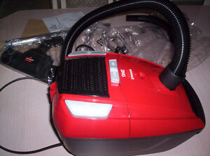 Bissell Zing Bagged Canister Vaccum  New