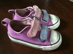 Converse Size 5 Toddler Girls