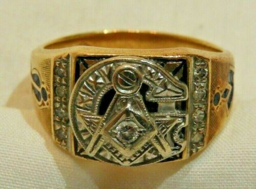 Vintage 10K Yellow & White Gold with Diamond Masonic Ring Size 9.5