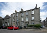 Bright, spacious 1 bedroom flat Aberdeen City Centre for sale under valuation >£72,000. Near Uni