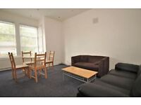 3 bedroom flat in Greenhill Road, Harlesden, NW10