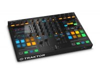 Traktor Kontrol S5 Stems-ready Pro 4-deck DJ Controller (As new)