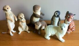 Country Artists Meercats, Lennux Animal Figures & 2 x Otters