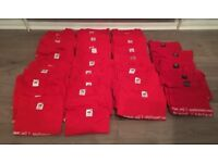 42 x BRAND NEW T SHIRTS FOR £20 Manchester United Themed