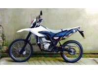 STUNNING 2012 YAMAHA WR125R IN IMMACULATE CONDITION (YZF) 1 OWNER FULL MOT UK DELIVERY AVAILABLE