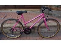 Ladies Pink Apollo 5 speed push bike in excellent condition