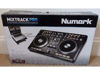 Numark Mixtrack Pro DJ Controller - USB mp3 Decks