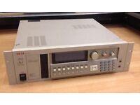 Akai S3200xl sampler