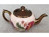Wade hand-painted Art Deco teapot