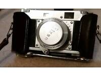 'Ricoh' 35 mm Deluxe Camera