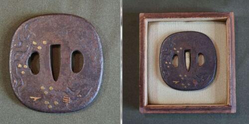 Very Fine Japanese Edo Period 18 ~ 19th Century Gold Inlay Tsuba in Box