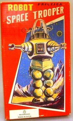 ROBOTS : Robot  SpaceTrooper wind up model