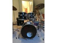 CENTURY PERCUSSION PLUS 700S DRUM KIT
