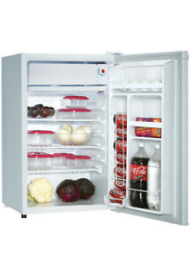 *REDUCED*    Danby 4.33 cu. ft. Compact Refrigerator