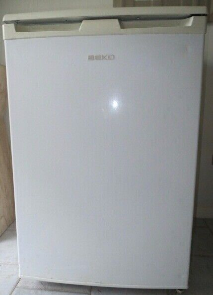 Beko 125L Under Counter Fridge with Freezer Compartment Good Condition - Can Drop Off Locally