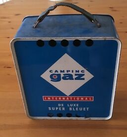 Vintage camping stove and carry case