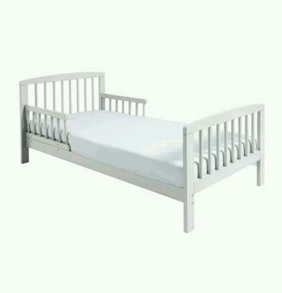 Buy kinder valley Toddler Bed. With free mattress.