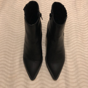 Brand New Faux Leather Ankle Boots (Size 7.5)