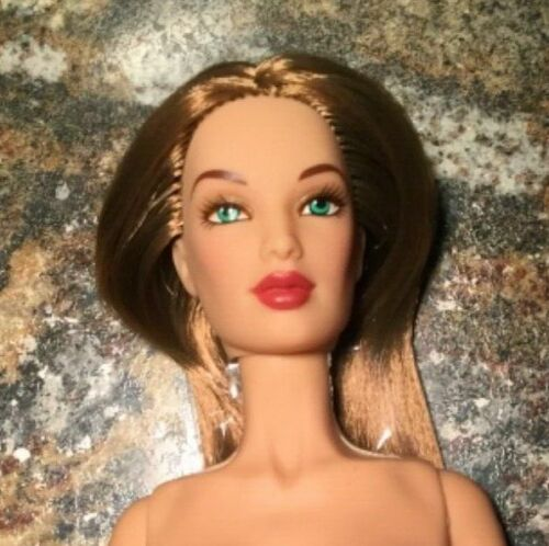Fabulous Jakks Pacific Fashion Doll Style Brown Hair #4 must SEE