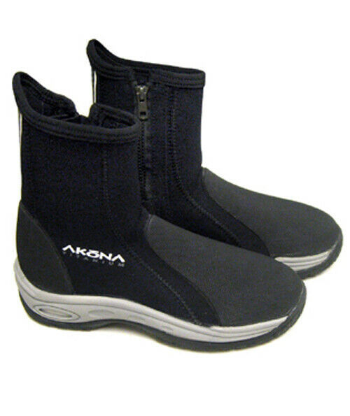 AKONA Deluxe Boots