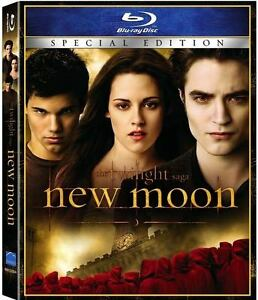 • • • TWILIGHT / NEW MOON (BLU-RAY) • • •