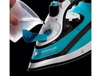 Brand New in box Russell Hobbs Proffessional Steamglide Iron RRP£59.99