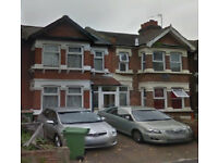 NEWLY REFURBISH - 5 BEDROOMS HOUSE - East Ham AREA