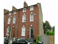 AVAILABLE NOW - Modern 3 bedroom, 2 bathroom flat to rent on Rosemary Lane, Mortlake, SW14 7HG