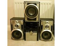 Panasonic Stereo System with 2 speakers, subwoofer, USB input and 5 Disc changer