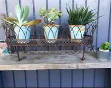 Vintage metal wire planter stand Doubleview Stirling Area Preview