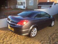 Vauxhall Astra Twin Top Convertible Automatic.(blue).