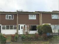 2 bedroom house in Carmarthen Close, Farnborough, GU14 (2 bed)