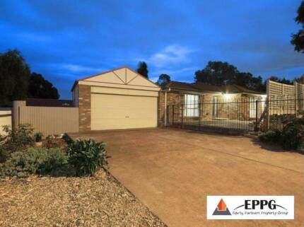 Freshly Renovated, Well Located House for Rent in Endeavour Hill