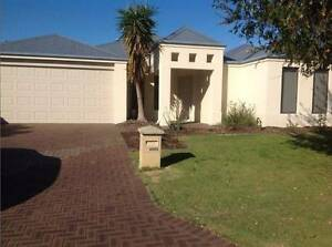 Lovely family home.Large 4x2 with study, airconditioning & alarm Tapping Wanneroo Area Preview