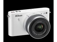 Nikon 1 J2 Digital Camera in White. Good Condition, See photos