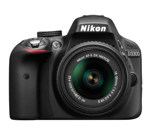 Selling Mint Condition Nikon D3300 with lens, SD card and case!
