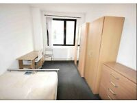 Awesome vast double room, beautifully presented. Great transport links & all bills included in rent.