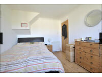 Gorgeous double room in lovely home, quiet street, Montpelier