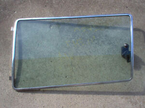 1972 - 1977 FORD PINTO LEFT REAR SIDE WINDOW London Ontario image 1
