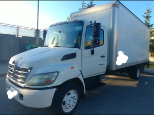 Hino 185 2008 with powertail gate