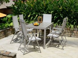 Solana Table and Chairs