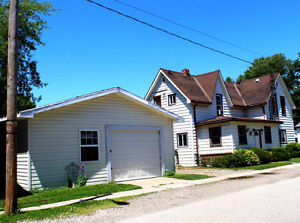 2 APARTMENT UNITS - INCOME PROPERTY