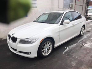 Selling BMW 323i 2011 (Financing Available)