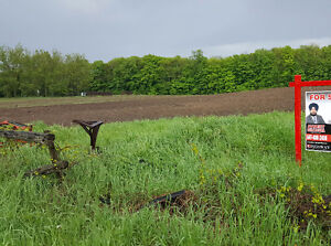 ***10 ACRE LAND WITH HOUSE FOR SALE IN CALEDON***