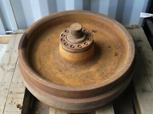 Caterpillar D8N  Idler A - Front wheel.