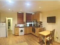 Happy to offer a spacious two bedroom flat with a separate lounge in , Lancaster Gate, W2