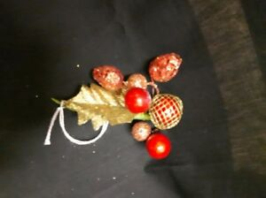 Red and Gold Leaf Arrangement