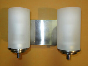 New Lower Price - Sconce Light and Safety bath bars