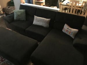 4 month new couch set $1000 or best offer
